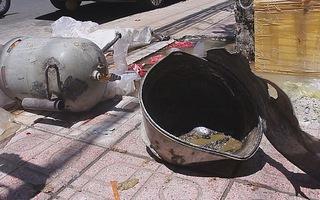 Nổ bình bơm bóng bay, một người bị thương nặng