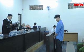 Tử hình nhân viên phục vụ đâm đồng nghiệp 14 nhát