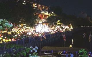 Rực rỡ hoa đăng mừng Lễ Phật Đản tại TP.HCM