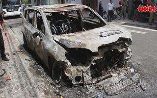 Truy tìm người phóng hỏa đốt xe ô tô tại Nha Trang