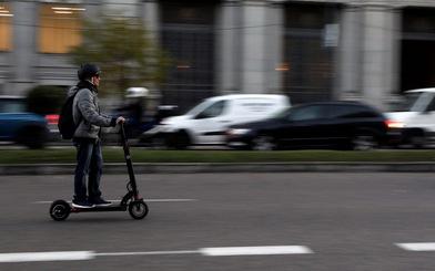 Đức 'bật đèn xanh' cho xe scooter điện