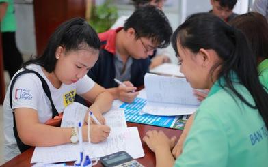 Trường công, trường tư đều xét tuyển bổ sung