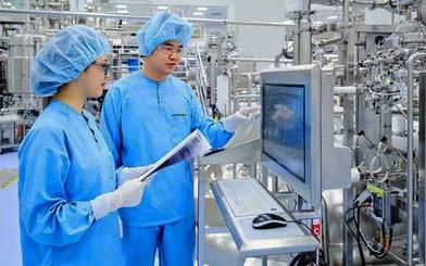 Châu Á giải 'cơn khát' vắc xin COVID-19