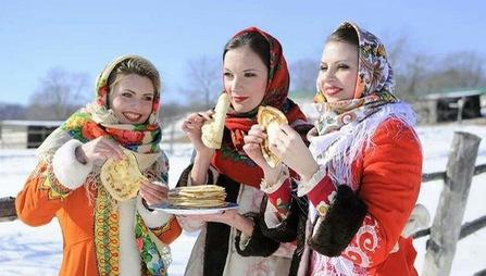 Những món ăn nhất định phải thử khi đến Nga