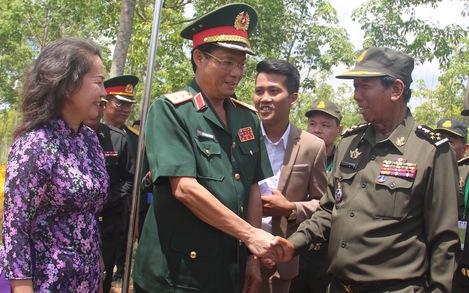 Bộ trưởng Quốc phòng Campuchia: 'Sự giúp đỡ của Việt Nam không phải là xâm lược'