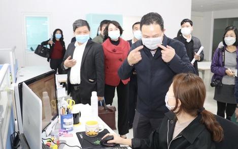 Công điện khẩn của bộ trưởng: Trục xuất lao động làm tại Việt Nam không phép