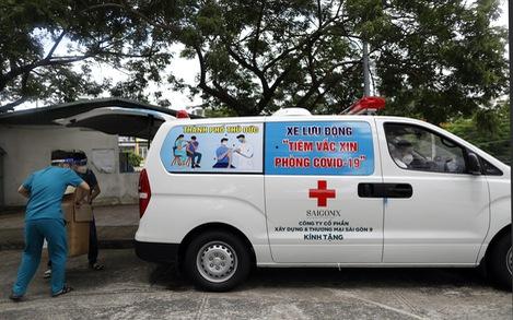 TP.HCM: 1.200 đội tiêm vắc xin, mỗi đội phấn đấu 200 mũi tiêm/ngày