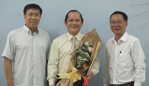 Tiến sĩ Trần Lương Công Khanh nhận giải nhất cuộc thi Khoảnh khắc thay đổi đời tôi