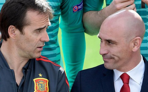 Sa thải HLV Lopetegui trước World Cup, có phải vì 'đại cục'?