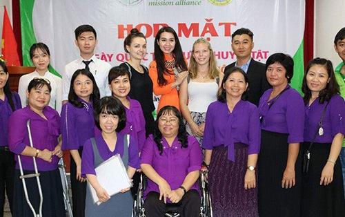 Sàn thương mại điện tử Azibai cho hội người khuyết tật tại Cần Thơ