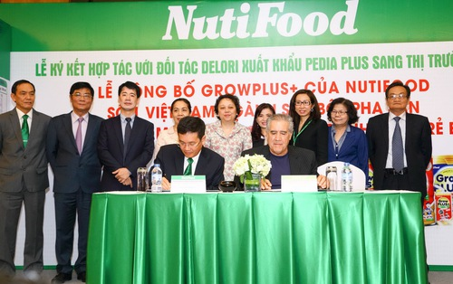 'Visa' đưa sữa Nutifood vào Mỹ