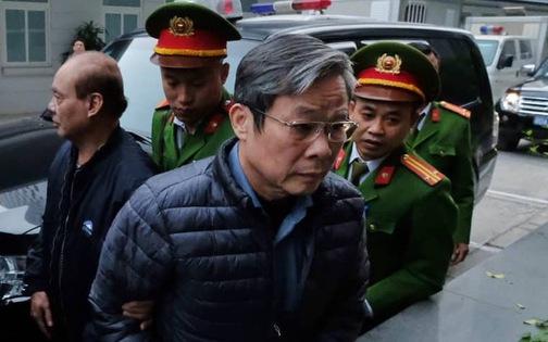 Hai cựu Bộ trưởng Nguyễn Bắc Son, Trương Minh Tuấn đến tòa vụ AVG