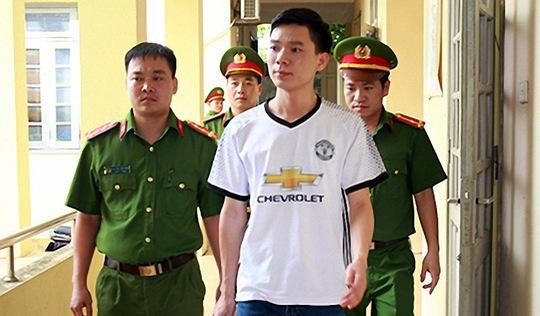 Truy tố bác sĩ Hoàng Công Lương để lấp 'chỗ trống'?