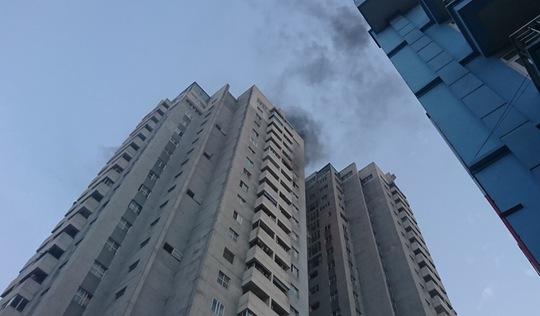 Cháy ở tầng 18 chung cư tại Hà Nội
