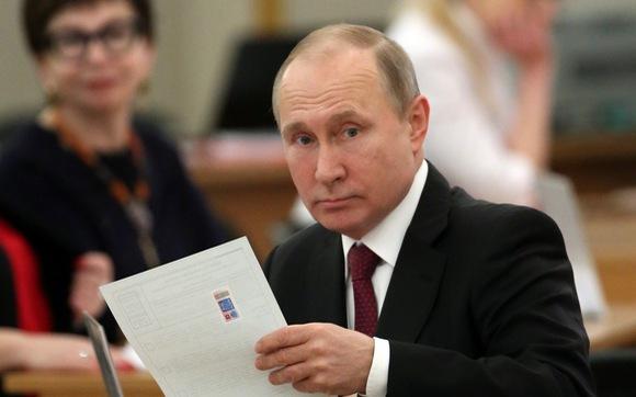 Con đường làm Tổng thống lạ kỳ của ông Putin