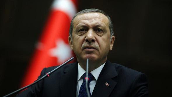 Ông Erdogan chơi cân não với cả Nga lẫn Mỹ