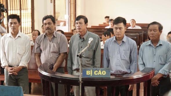 5 nhân viên phá đầm tôm bà Ánh Ngọc tiếp tục hầu tòa