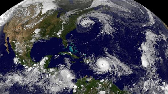 """""""Ác mộng"""" thứ 2 Maria bắt đầu càn quét Caribe"""