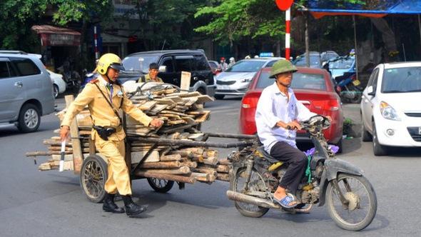Năm 2019, Hà Nội hoàn thành quy định về xe máy cũ nát