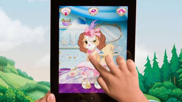Hãng Disney bị kiện theo dõi trẻ em trái phép bằng ứng dụng điện thoại