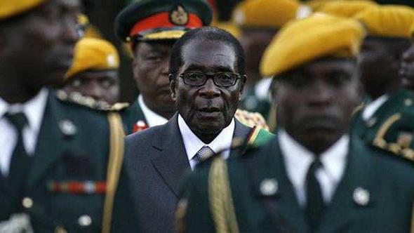 Robert Mugabe - từ anh hùng tới độc tài