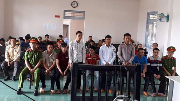 Tuyên phạt nhóm 8 bảo vệ Công ty Long Sơn tổng cộng 44 năm tù