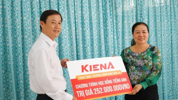 Kiến Á Group tặng gói tài trợ gần 400 triệu đồng cho cụm trường học Khu đô thị Cát Lái