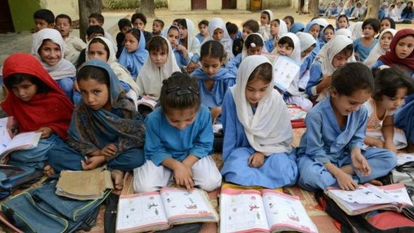 24 triệu trẻ Pakistan thất học