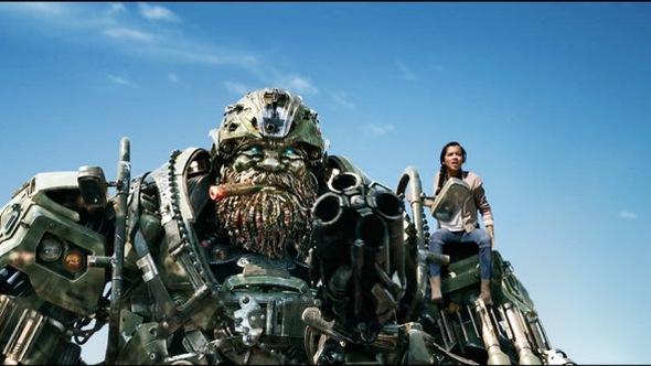Trailer Transformers: The Last Knight hé lộ đại cảnh mãn nhãn