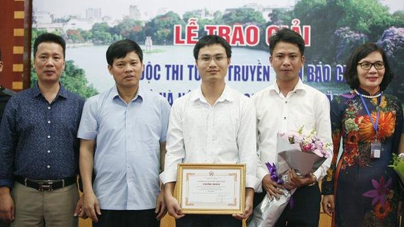 Báo Tuổi Trẻ đoạt giải ba tuyên truyền Thủ đô xanh- sạch- đẹp