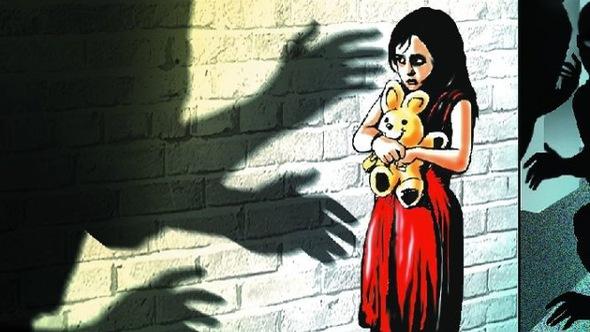 Khởi tố điều tra vụ án dâm ô hai bé gái sinh đôi