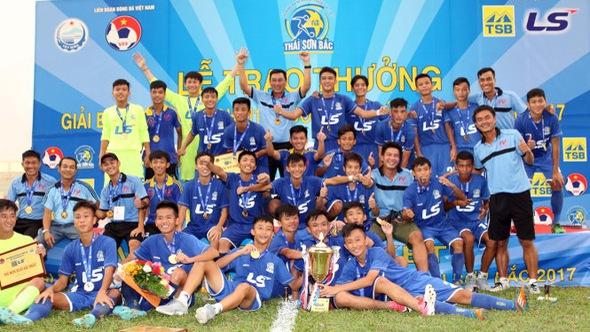 PVF đoạt chức vô địch Giải bóng đá U-15 2017