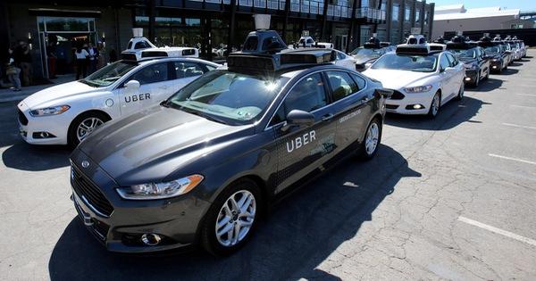 Xe tự lái của Uber lần đầu tiên tông chết người ở Mỹ