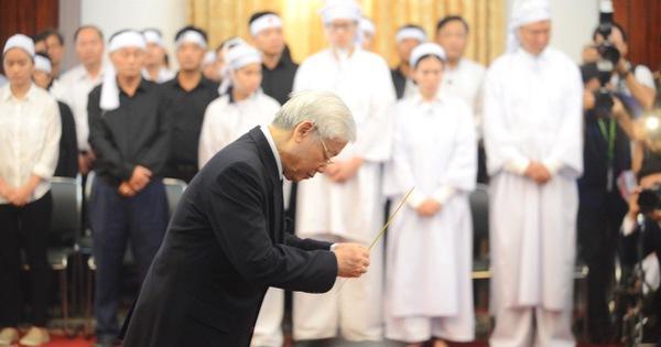 Những tâm sự xúc động trước linh cữu cố Thủ tướng Phan Văn Khải