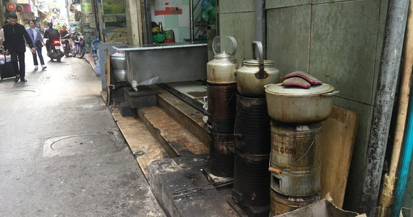 Hà Nội tính hỗ trợ tiền để người dân bỏ bếp than tổ ong