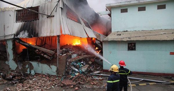 Cháy rụi 4 nhà xưởng công ty may Hàn Quốc ở Vĩnh Phúc