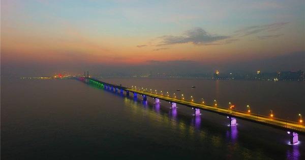 Choáng với cây cầu vượt biển dài nhất thế giới