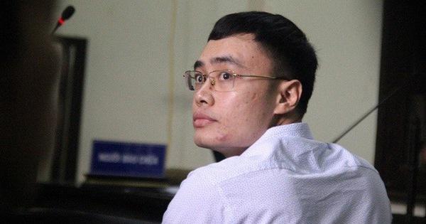 Phạt cựu nhà báo nhận tiền để không viết bài 3 năm tù