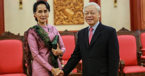 Tổng Bí thư Nguyễn Phú Trọng tiếp thân mật bà San Suu Kyi