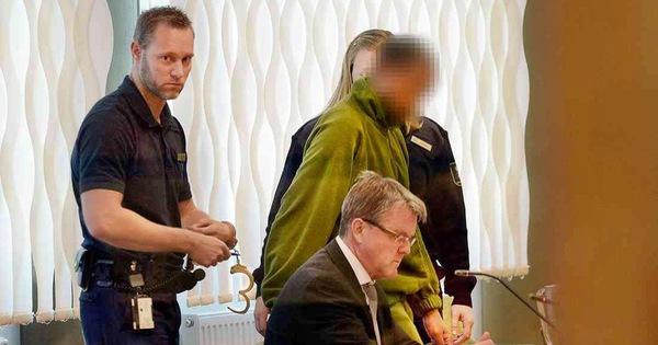 Phố đèn đỏ: Thụy Điển phạt người mua dâm