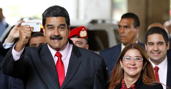Đáp trả trừng phạt, Venezuela trục xuất đặc sứ Mỹ