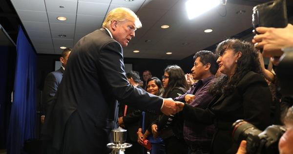 Ông Trump dọa cắt viện trợ các nước không ngăn chặn MS-13