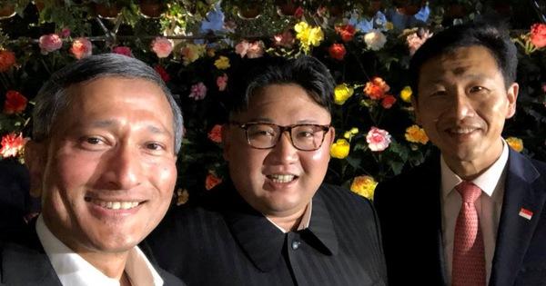Video Kim Jong Un dạo mát cùng Ngoại trưởng Singapore