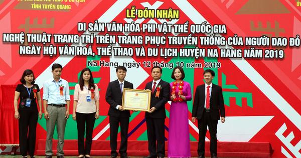 Nghệ thuật trang trí trang phục người Dao đỏ là Di sản văn hóa phi vật thể quốc gia