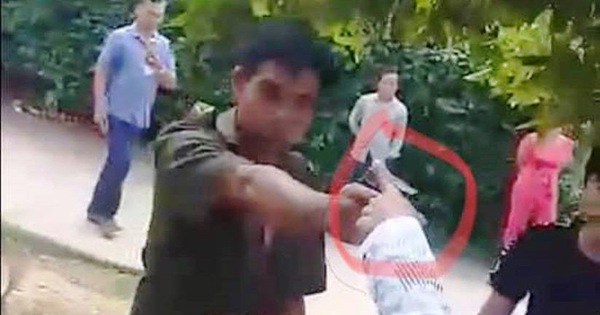 Vụ phó công an xã chĩa súng vào dân: Chỉ là súng bắn đạn hơi cay