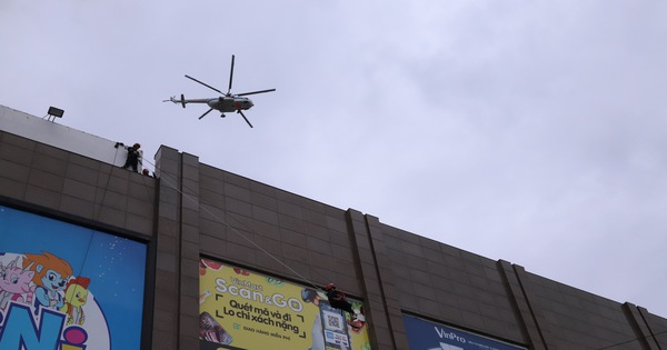 Xe chữa cháy triệu đô cùng trực thăng diễn tập cứu hộ cấp quốc gia