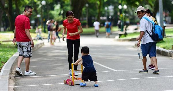 Ông bố người Anh ở Việt Nam chia sẻ chuyện dạy con trẻ