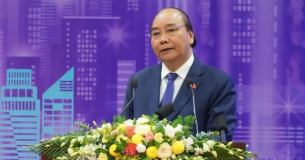 Thủ tướng Nguyễn Xuân Phúc: Không được làm đô thị thông minh kiểu phong trào