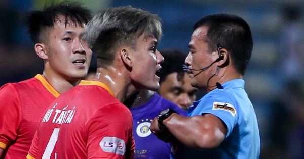 HLV Bình Dương: 'Thua Hà Nội FC bình thường nhưng tôi không phục trọng tài'