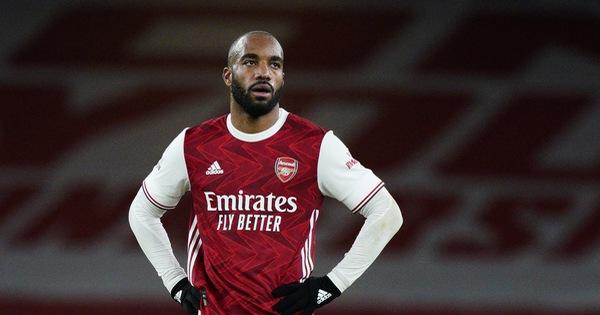 Dứt điểm kém, Arsenal 'trả giá' vì bàn thắng muộn của Vardy